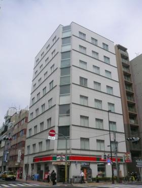 ザイマックス東上野(旧:ルート東上野)ビルの外観写真