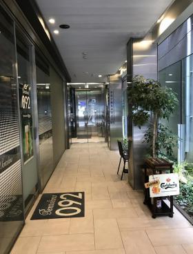 PLAZA EST 新宿三丁目の内装