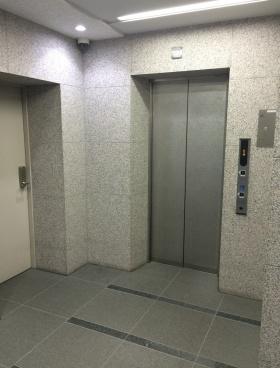 神保町須賀ビルの内装
