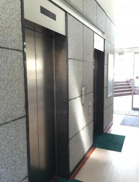 永代橋エコピアザビルの内装
