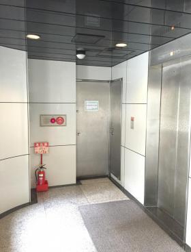 石川COビルの内装