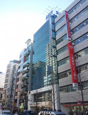 秋葉原中央通りビルの外観写真