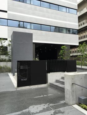 ネクストサイト渋谷ビルのエントランス
