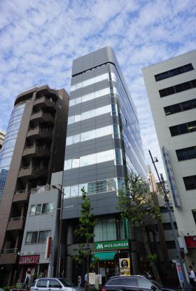 共和15番館ビルの外観写真