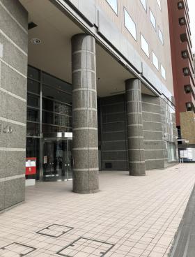 三共横浜ビル(旧明治安田生命ラジオ日本のエントランス