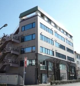 新倉ビルの外観写真