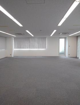 エース九段ビルの内装