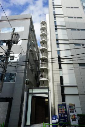 新富町営和ビルの外観写真