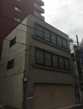 建部ビルの外観写真