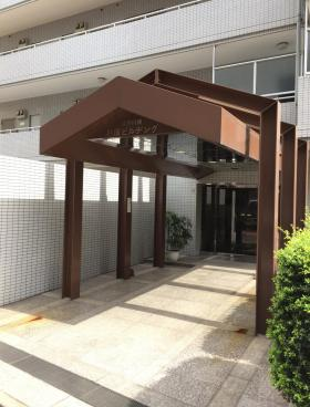 江戸川橋杉原ビルのエントランス