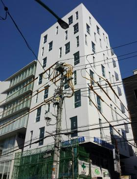 いちご渋谷宇田川町(渋谷BLUE)ビルのエントランス