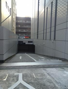 横浜メディア・ビジネスセンターの内装