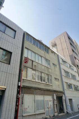 京栄ビルの外観写真