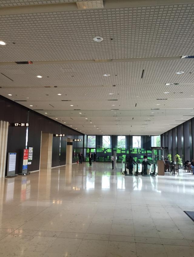 新宿センタービル 4F 93.39坪(308.72m<sup>2</sup>)の内装
