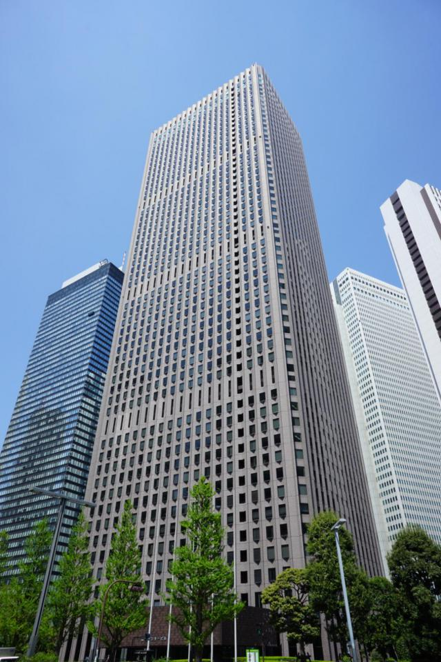 新宿センタービル 31F 72.87坪(240.89m<sup>2</sup>)