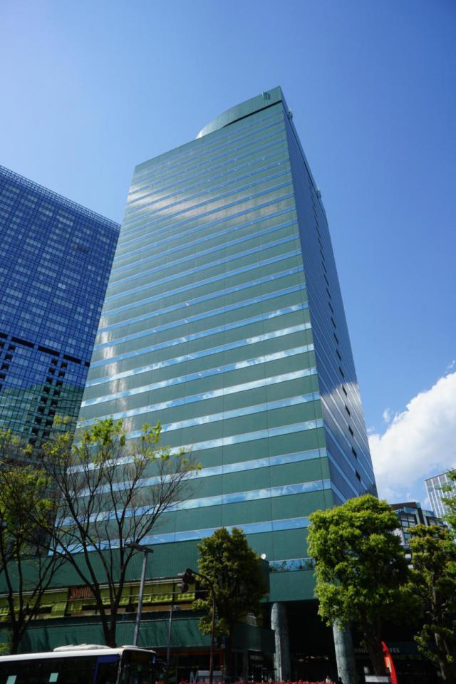新宿グリーンタワーの外観