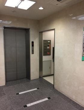 神田駅前SKビルの内装