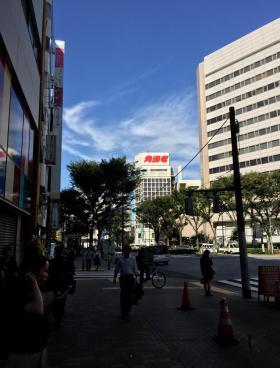 新宿O・Tビルのエントランス