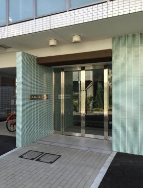VORT渋谷松濤residenceのエントランス