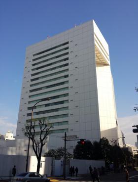 東京堂千代田ビルディングのエントランス