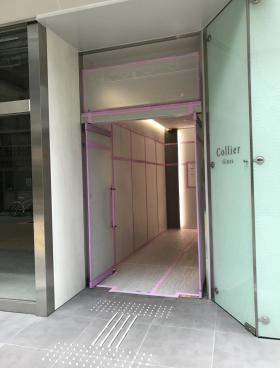 コリエ銀座ビルのエントランス