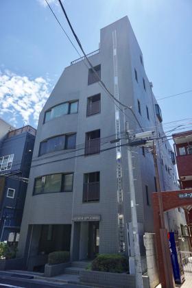 笹塚KNビルの外観写真
