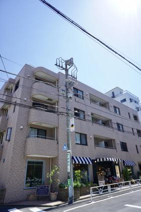 高倉第七マンションの外観写真