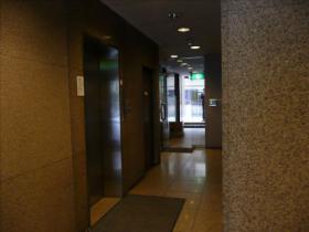 NIT築地ビルのエントランス