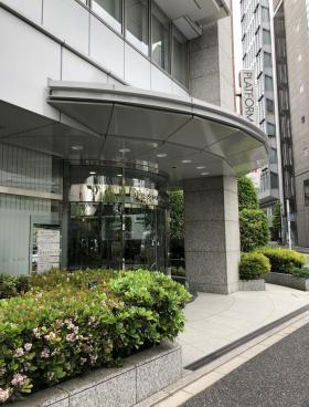 JPRクレスト竹橋ビルのエントランス