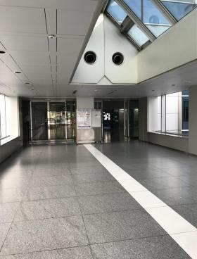 幕張テクノガーデンB棟の内装