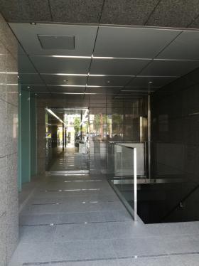 MASUnoSQUARE 仮)神田須田町一丁目ビルのエントランス