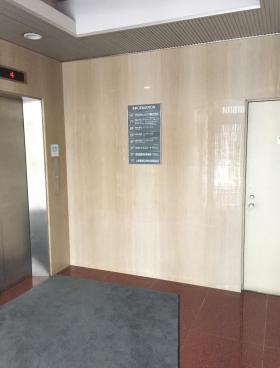 虎ノ門菅井ビルの内装