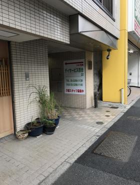 キャピタルハイツ神楽坂のエントランス