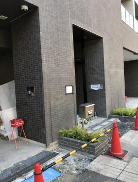 GREE PARK日本橋馬喰町ビルのエントランス