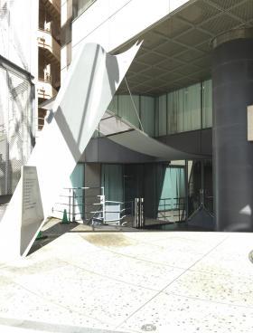 アシジ神泉ビルのエントランス
