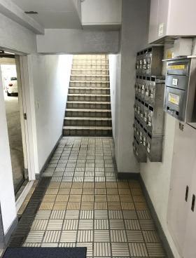 早稲田ハイムビルの内装