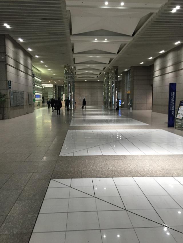 リビングデザインセンターOZONE(新宿パークタワー内) 6F 27.77坪(91.80m<sup>2</sup>)の内装