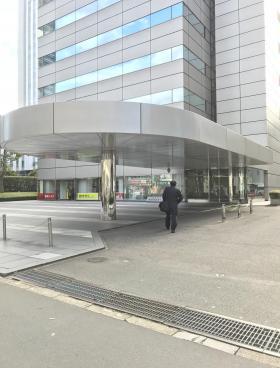 住友商事神田和泉町ビルのエントランス