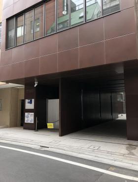 ラベイユ麻布十番ビルのエントランス