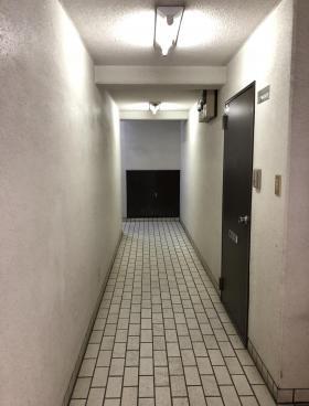 ハイツササキビルの内装