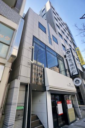 三田石田ビルの外観写真