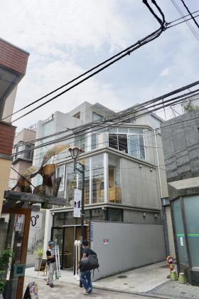OTB表参道ビルの外観写真