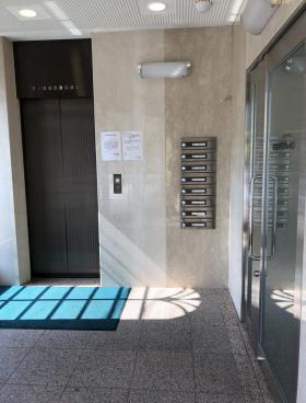 箱崎NSOビルの内装