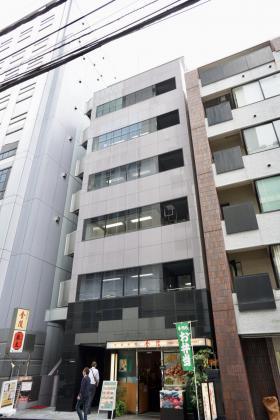 日宝神田淡路町ビルの外観写真