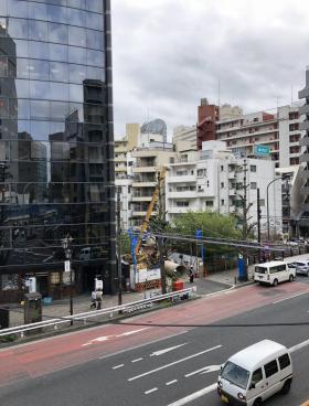 Ebisu Hiroo Squareビルのエントランス