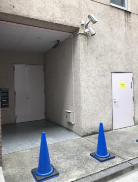 登美屋第7ビルのエントランス