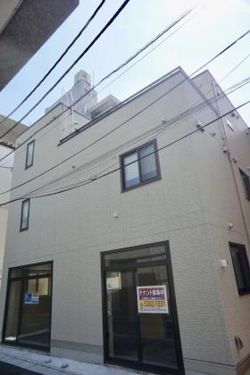 ポートハウス幡ヶ谷ビルの外観写真