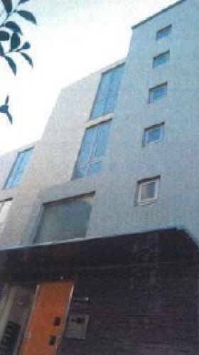 ホームズ西麻布ビルの外観写真