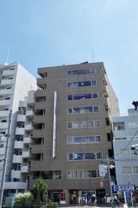 四谷諸町ビルの外観写真