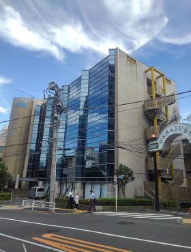 クレオ原宿本社ビルの外観写真